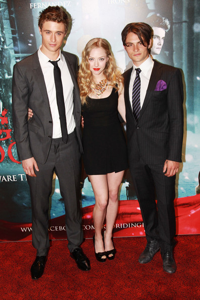Shiloh Fernandez (UK TABLOID NEWSPAPERS OUT) L-R Max Irons, Amanda Seyfried and Shiloh Fernandez attend the European premiere of Red Riding Hood at The Vue Leicester Square on April 7, 2011 in London, England.