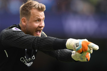 Simon Mignolet Manchester City v Liverpool - Premier League