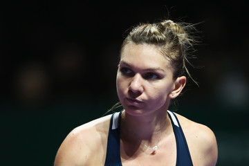 Simona Halep BNP Paribas WTA Finals: Singapore 2016 - Day One