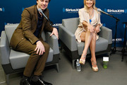 Zach Braff and Kate Hudson Visit the Sirius XM Studios