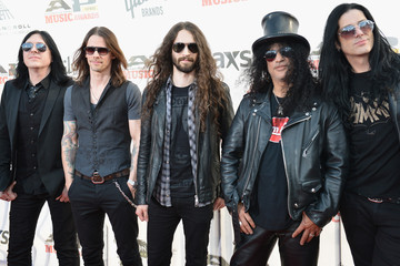 Slash 2014 Gibson Brands AP Music Awards - Arrivals