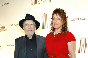 Theresa Ann Lane The Smith Center For The Performing Arts Opens In Las Vegas - Red Carpet