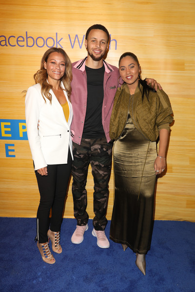 'Stephen Vs. The Game' Premiere [the game,photo,event,fashion,yellow,fun,flooring,stephen vs,sonya curry,ayesha curry,stephen curry,red carpet,california,oakland,16th street station]