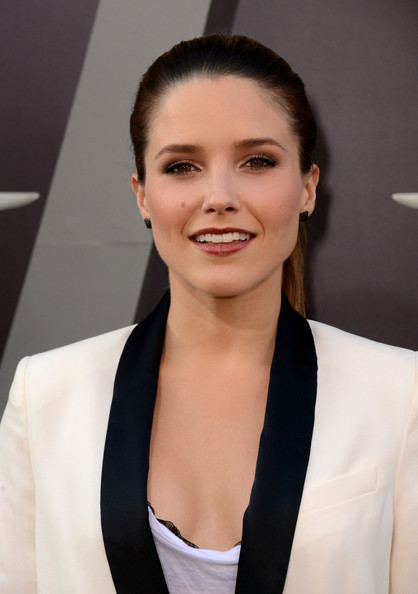 Sophia Bush - Premiere of Columbia Pictures' Total Recall at Grauman's Chinese Theatre in Hollywood - August 1st Sophia+Bush+Premiere+Columbia+Pictures+Total+e5mVTCJRXt2l