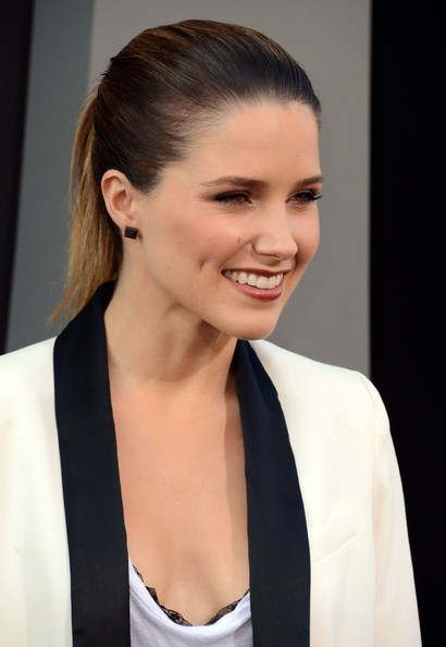 Sophia Bush - Premiere of Columbia Pictures' Total Recall at Grauman's Chinese Theatre in Hollywood - August 1st Sophia+Bush+Premiere+Columbia+Pictures+Total+nKnYiuvjqPol