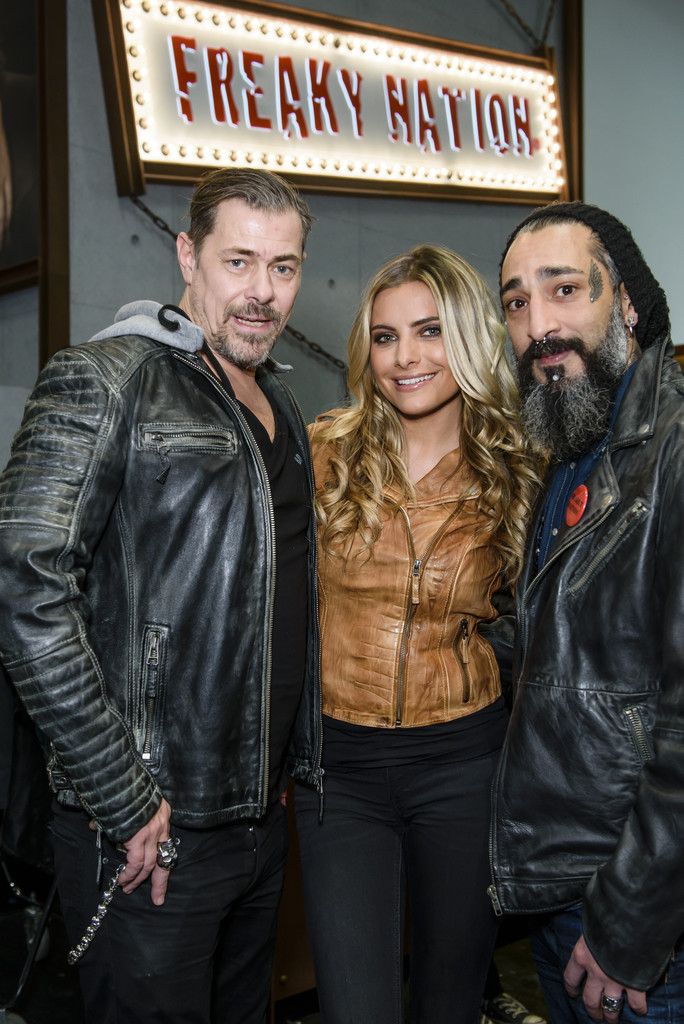 Sophia Thomalla Photos
