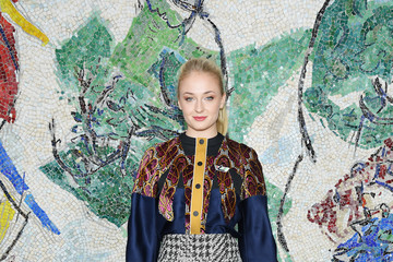 Sophie Turner Louis Vuitton 2019 Cruise Collection: Photocall