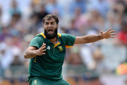 Imran Tahir of South Africa successfully apeals for the wicket of Joe Root of England during the 5th Momentum ODI match between South Africa and England at Newlands Stadium on February 14, 2016 in Cape Town, South Africa.