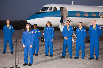 Clayton Anderson Space Shuttle Astronauts Arrive At KSC Ahead Of Shuttle Launch
