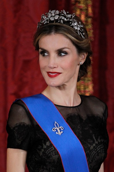 Queen Letizia of Spain receives Chilean President Michelle Bachelet for a Gala dinner at the Royal Palace on October 29, 2014 in Madrid, Spain.