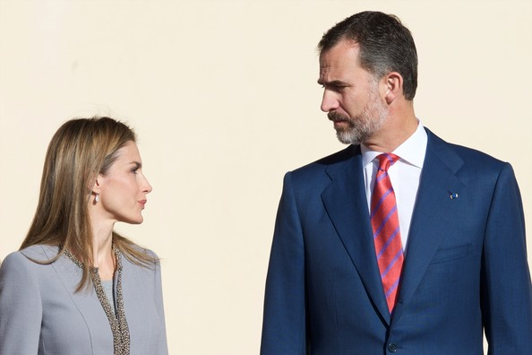 King Felipe VI of Spain and Queen Letizia of Spain receive Chilean President Michelle Bachelet (L) at the El Pardo Palace on October 29, 2014 in Madrid, Spain.