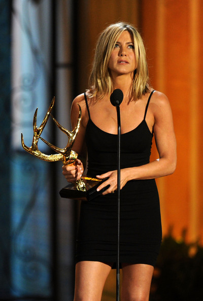 "Actress Jennifer Aniston accepts the Decade of Hotness award onstage during Spike TV's 5th annual 2011 ""Guys Choice"" Awards at Sony Pictures Studios on June 4, 2011 in Culver City, California."