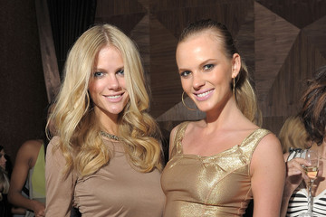 Anne V Brooklyn Decker Sports Illustrated Swimsuit 24/7: Club SI Swimsuit