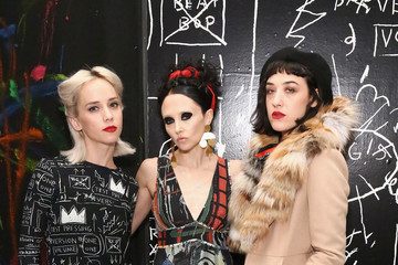 Stacey Bendet Mia Moretti alice + olivia x Basquiat CFDA Capsule Collection Launch Party