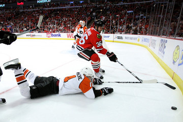 Ian Laperriere Stanley Cup Finals - Philadelphia Flyers v Chicago Blackhawks - Game Two