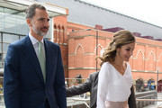 King Felipe (L) and Queen Letizia (R) of Spain arrive at the Francis Crick Institute during a State visit by the King and Queen of Spain on July 14, 2017 in London, England.  This is the first state visit by the current King Felipe and Queen Letizia, the last being in 1986 with King Juan Carlos and Queen Sofia.