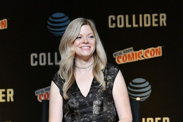 Stephanie Savage Hulu's Runaways Panel at New York Comic Con