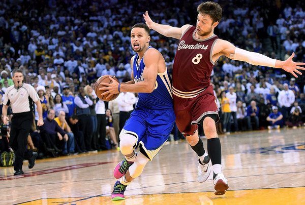 Stephen Curry and Matthew Dellavedova Photos»Photostream · Pictures ·  Cleveland Cavaliers v Golden State Warriors 619657d40