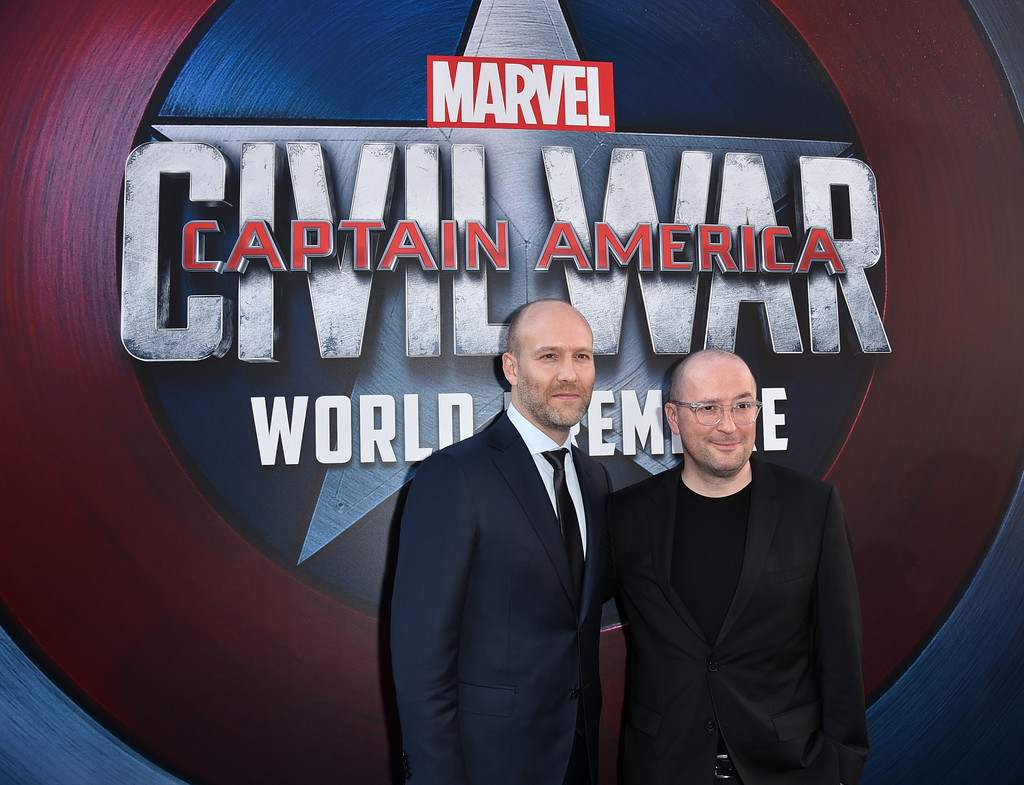 http://www2.pictures.zimbio.com/gi/Stephen+McFeely+Premiere+Marvel+Captain+America+RoIhwfSCHY4x.jpg