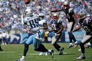Steve Gregory New England Patriots v Tennessee Titans