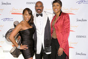 (L-R) Marjorie Harvey, Steve Harvey and Robin Roberts attend the New York Gala benefiting The Steve Harvey Foundation at Cipriani, Wall Street on May 3, 2010 in New York City.