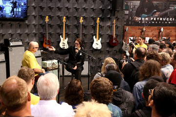 Steve Vai 2016 NAMM Show, Day 3: Lots of Artists, Questlove, The Legends, NAMM Foundation Grand Rally For Music Education With Weird Al