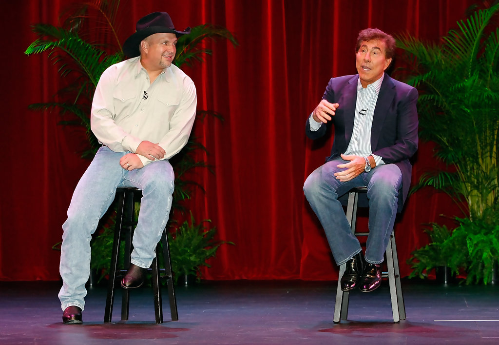 Steve Wynn Makes A Special Entertainment Announcement At ...