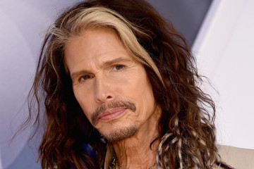 Steven Tyler 49th Annual CMA Awards - Arrivals