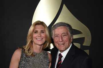 Susan Crow The 58th GRAMMY Awards - Red Carpet