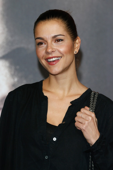 'Prisoners' Premieres in Berlin [hair,beauty,hairstyle,smile,forehead,fashion,gesture,photography,white-collar worker,photo shoot,prisoners,susan hoecke,germany,berlin,sony centre,premiere,prisoners germany premiere]