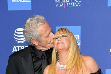 Suzanne Somers 30th Annual Palm Springs International Film Festival Film Awards Gala - Arrivals