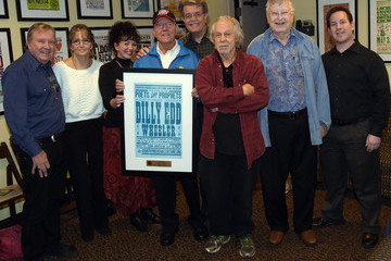 Suzi Cochran The Country Music Hall Of Fame And Museum Honors Songwriter Billy Edd Wheeler At Its Poets & Prophets Series