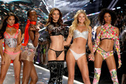 (L-R)  Shanina Shaik, Herieth Paul, Barbara Fialho, Toni Garrn, and Cheyenne Maya Carty walk the runway in the 2018 Victoria's Secret Fashion Show at Pier 94 on November 8, 2018 in New York City.