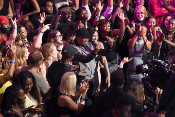 Sway VH1 Hip Hop Honors: All Hail The Queens - Show