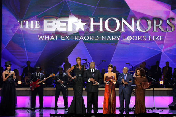 T.D. Jakes (L-R) Gabrielle Union, Lisa Leslie, T.D. Jakes, Halle Berry, Clarence Avant and Chaka Khan onstage at BET Honors 2013 at Warner Theatre on January 12, 2013 in Washington, DC.