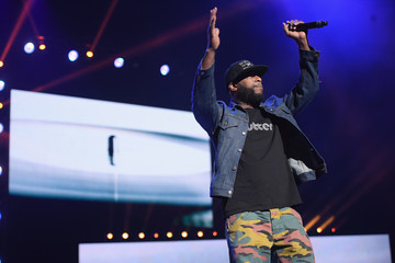 Talib Kweli Celebs Attend WE Day New York Welcome to Celebrate Young People Changing the World