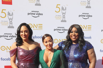 Tamera Mowry-Housley 50th NAACP Image Awards - Red Carpet
