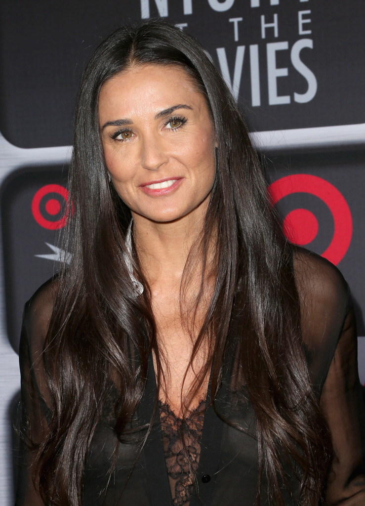 Demi Moore Pictures - ...