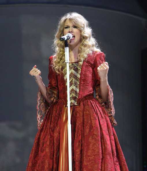 taylor swift fearless tour
