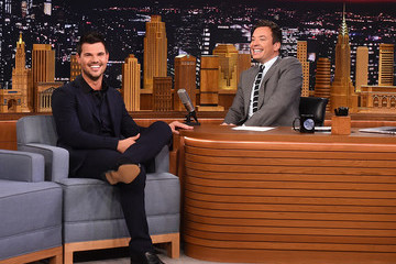 Taylor Lautner Taylor Lautner Visit's 'The Tonight Show Starring Jimmy Fallon'