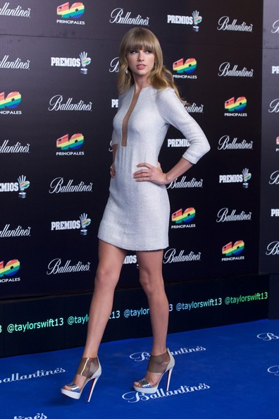 "Taylor Swift Taylor Swift attends ""40 Principales Awards"" 2012 photocall at Palacio de los Deportes on January 24, 2013 in Madrid, Spain."