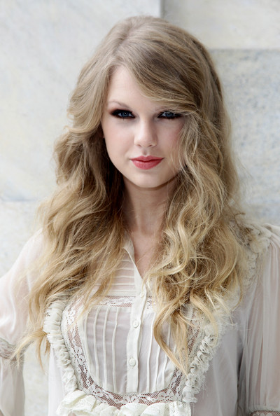 Taylor Swift Taylor Swift attends the Roberto Cavalli Spring/Summer 2011 fashion show during Milan Fashion Week Womenswear on September 27, 2010 in Milan, Italy.