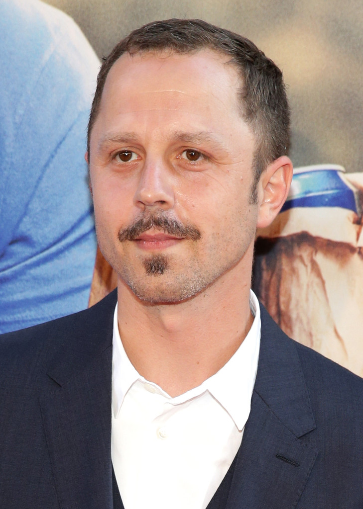 Giovanni Ribisi Photos Photos - Celebs Arrive at the 'Ted ...