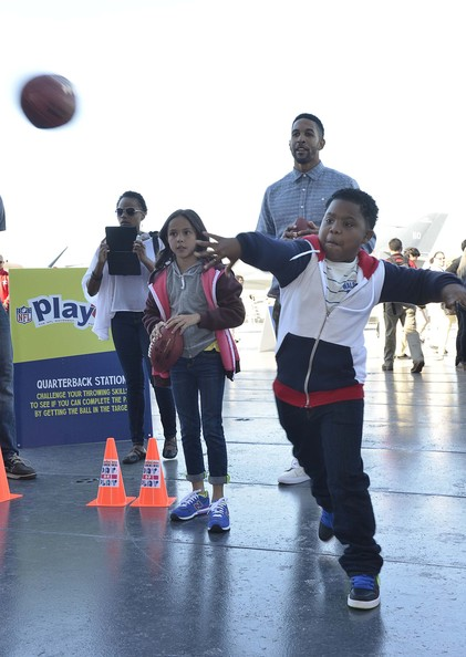 Nickelodeon and NFL Stars Hang Out in NYC