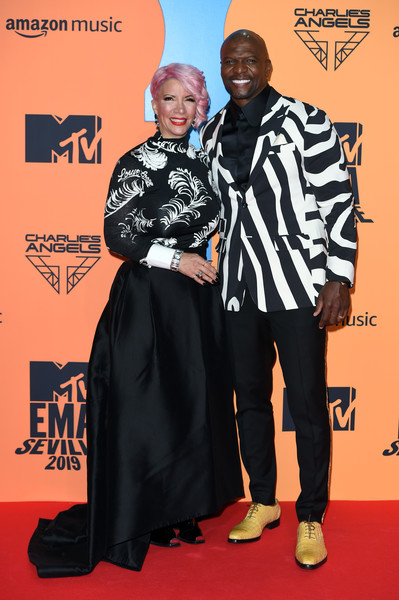 MTV EMAs 2019 - Red Carpet Arrivals [red carpet,carpet,premiere,flooring,event,award,fashion design,red carpet arrivals,emas 2019,terry crews,rebecca king-crews,seville,spain,exhibition centre,mtv,fibes conference]