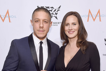 Theo Rossi Meghan McDermott 2015 to the Rescue! New York Gala