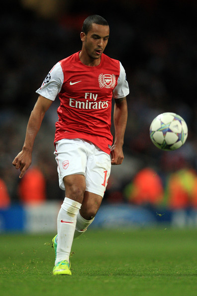 theo walcott photos photos arsenal fc v olympique de marseille uefa champions league zimbio. Black Bedroom Furniture Sets. Home Design Ideas