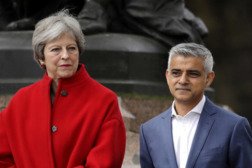 Theresa May Sadiq Khan First Female Suffragette Millicent Fawcett Statue Unveiled In Parliament Square