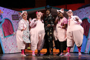 "(L-R) Alison Jiear, Leanne Jones, Simon Webbe, Taofique Folarin and Daniel Buckley perform on stage during a photocall for ""The Three Little Pigs"" at Palace Theatre on August 5, 2015 in London, England."