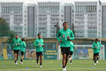 Tim Cahill Australia Training And Press Conference